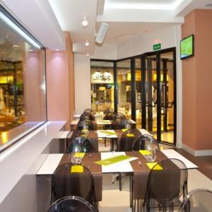 Ejecución de estudio acústico en actividad destinada a restaurante