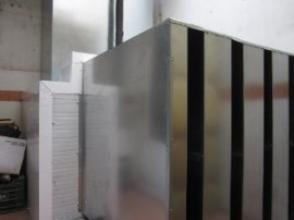 Silenciador acústico en compresor de un sistema de refrigeración